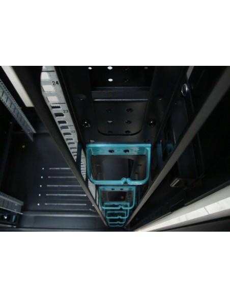"""Rack 19"""" 32U 800x1000 mm. detelle interior"""