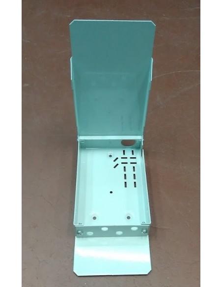 Caja fibra óptica metálica de interior para  4 conectores ST Simplex.