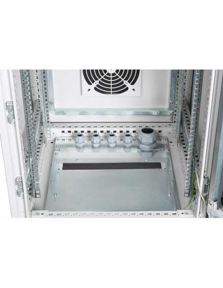 "Rack 19"" industrial, interior, IP55 con puerta de cristal. detalle"