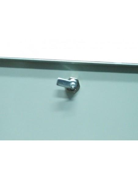 Caja metálica de fibra óptica FTTH para conectores SC. Cerradura con llave.
